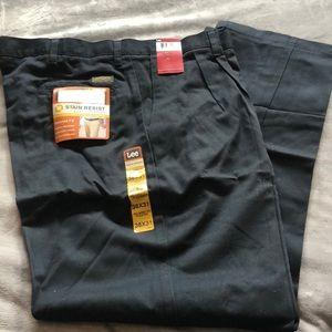 Lee men's stain resistant pleated slacks